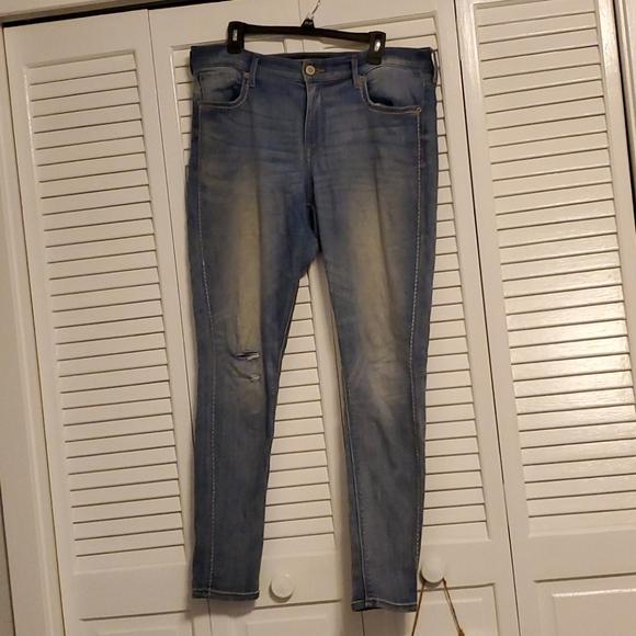 Womens light wash skinny jeans